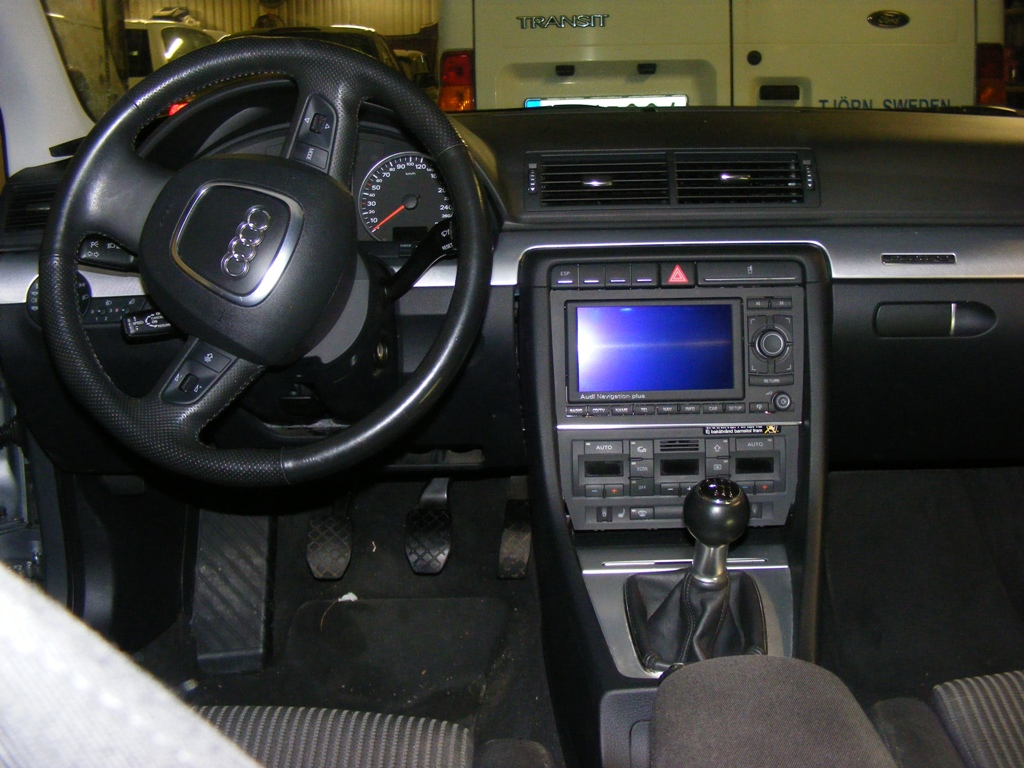 RNS-e double din unit in 2007 A4